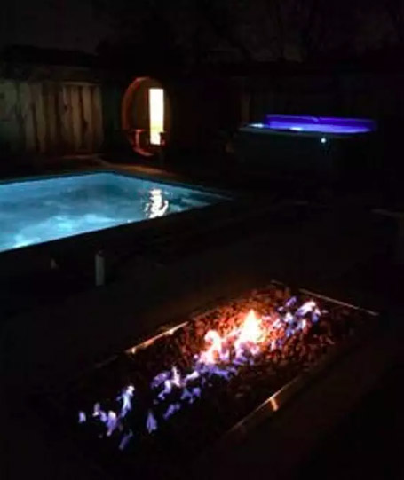 pool-patio-sauna-at-night-1